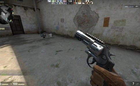 R8 revolver csgo