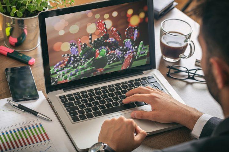 More Indians are betting on online games amid Coronavirus Lockdown »  TalkEsport